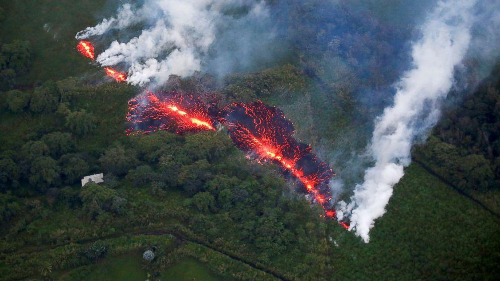 hawaii-volcano-01-as-rt-180513_hpMain_16x9_992.jpg
